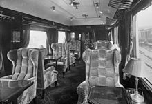 220px-Bundesarchiv_Bild_102-10450,_Rheingold-Express,_Salon-Wagen_I._Klasse