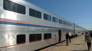 USA-superliner-train-ext2